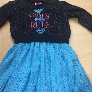 DC COMICS GIRLS DRESS SZ 4/5 TOO CUTE